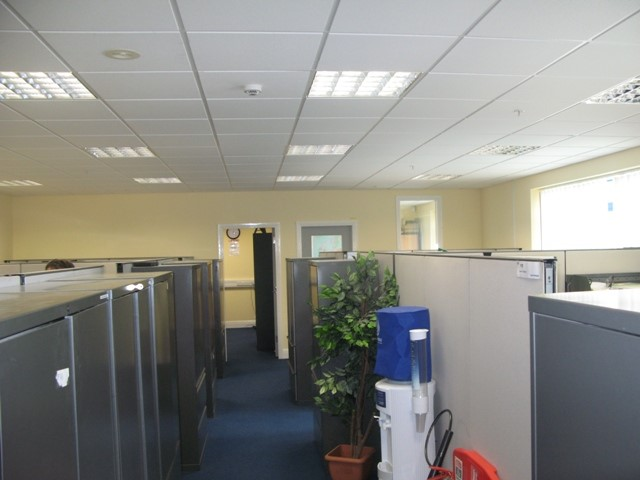 Bedrooms in Bay 105, Tyco Building, Shannon Industrial Estate, Shannon, Clare, Clare - Commercial.ie