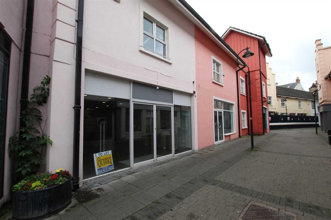 33 (B3) Market Place, Clonmel
