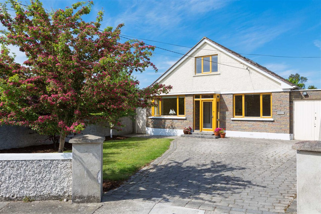 9 Avondale Crescent, Killiney Co. Dublin, A96 H048