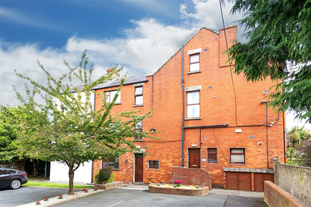 Apt 2, 3 Proby Square, Blackrock, Co. Dublin, A94 PW61