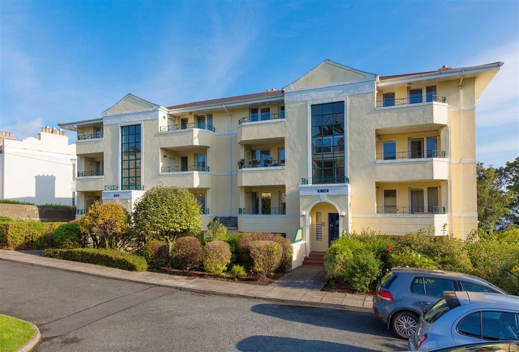 15 Rockwell Cove, Idrone Terrace, Blackrock, Co. Dublin, A94 KR80