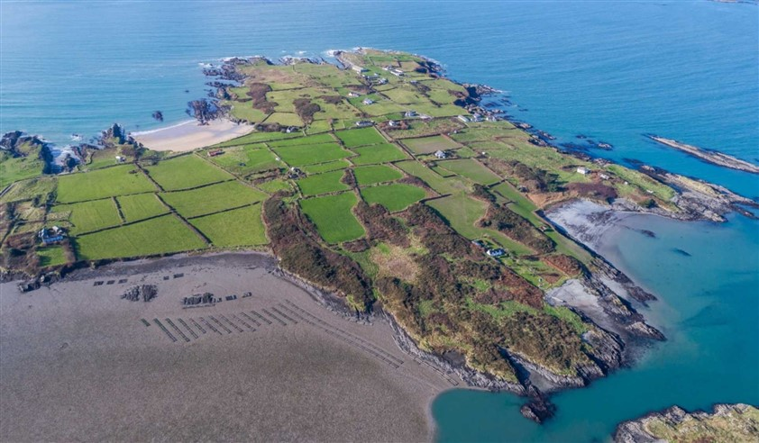 s cottages carna ireland irish life sale something mara special and buying style connemara in property who na holiday coastal bru for collection homes a of image