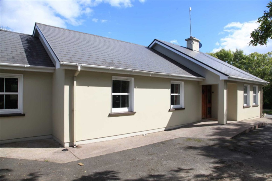 Meadstown, Carrigaline