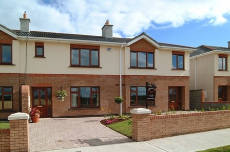 Moyglare Hall, Maynooth, Co. Kildare – 3 Bed End Terrace Townhouse