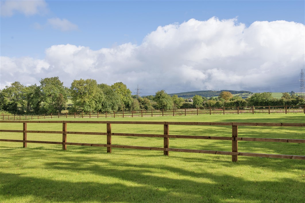 Badgerhill, Kilteel Road, Rathcoole, Co. Dublin on 3.75 acres