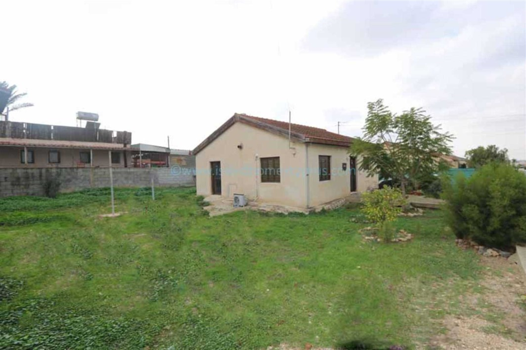 VRY115, Vrysoulles