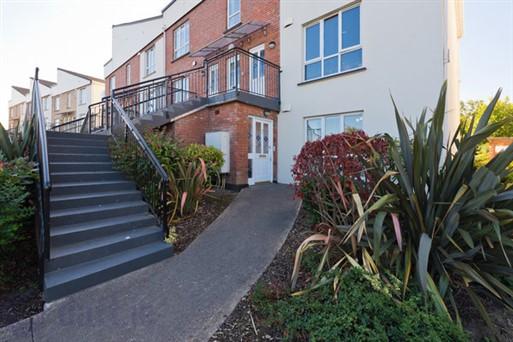 46 Beechdale Court, Ballycullen, Dublin 24