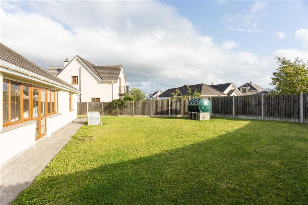 27 Milford Park, Ballinabranna, Carlow, R93 EY15