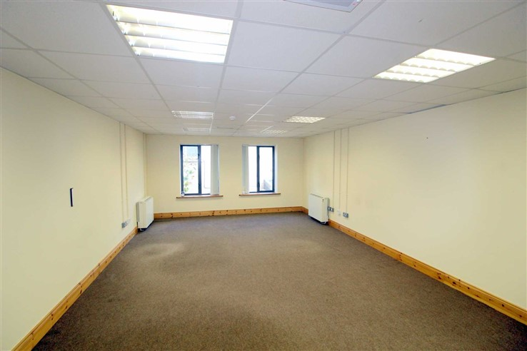 Bedrooms in 8 Carmody Street, Ennis, Clare, Clare - Commercial.ie