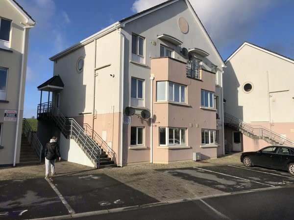 No. 82 Ard Caoin, Gort Road, Ennis, Co. Clare