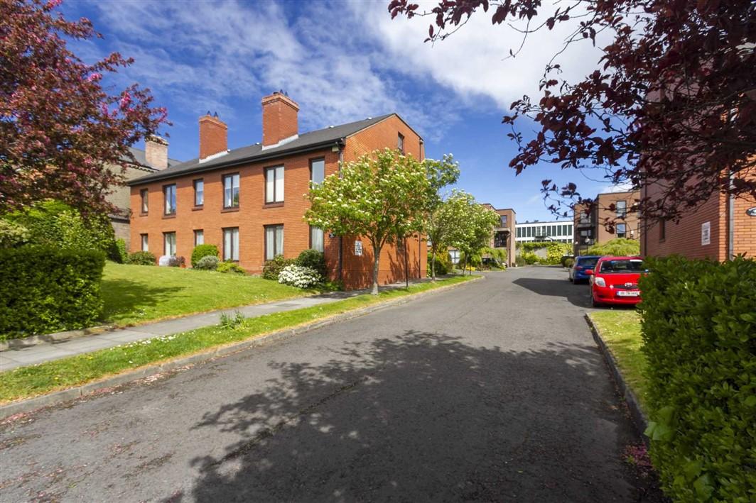Kingston Lodge, Clonliffe Road, Drumcondra, Dublin 9