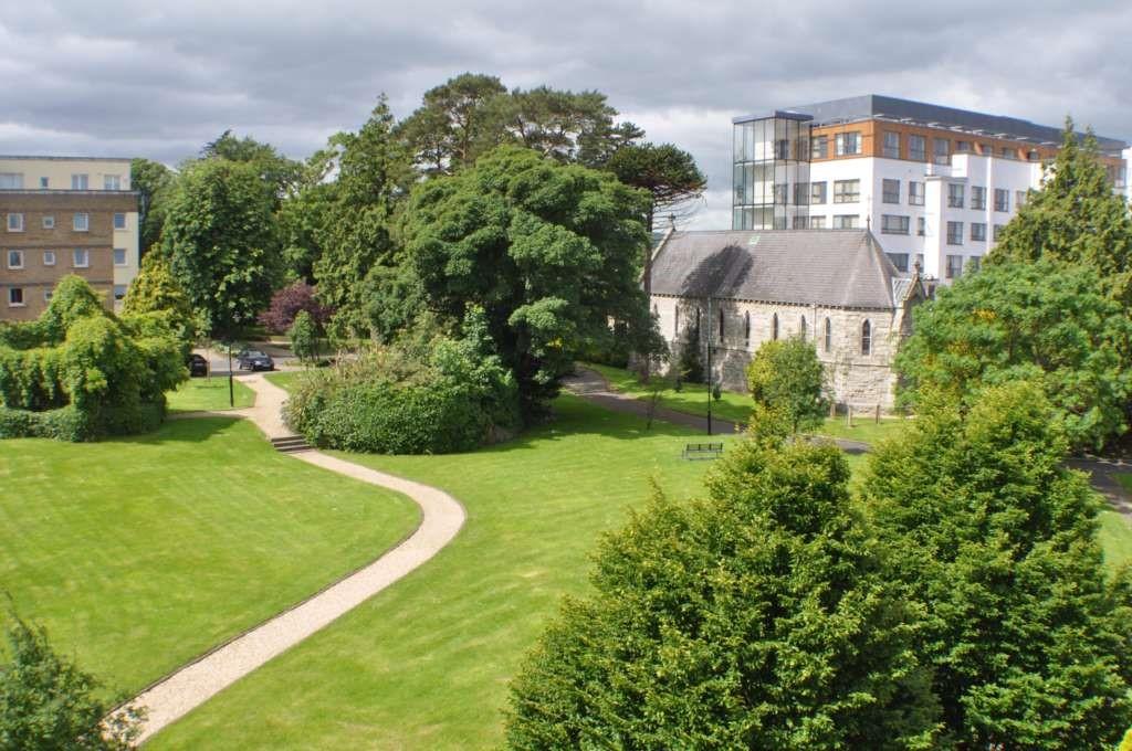 Galloping Green, Stillorgan, Co.Dublin