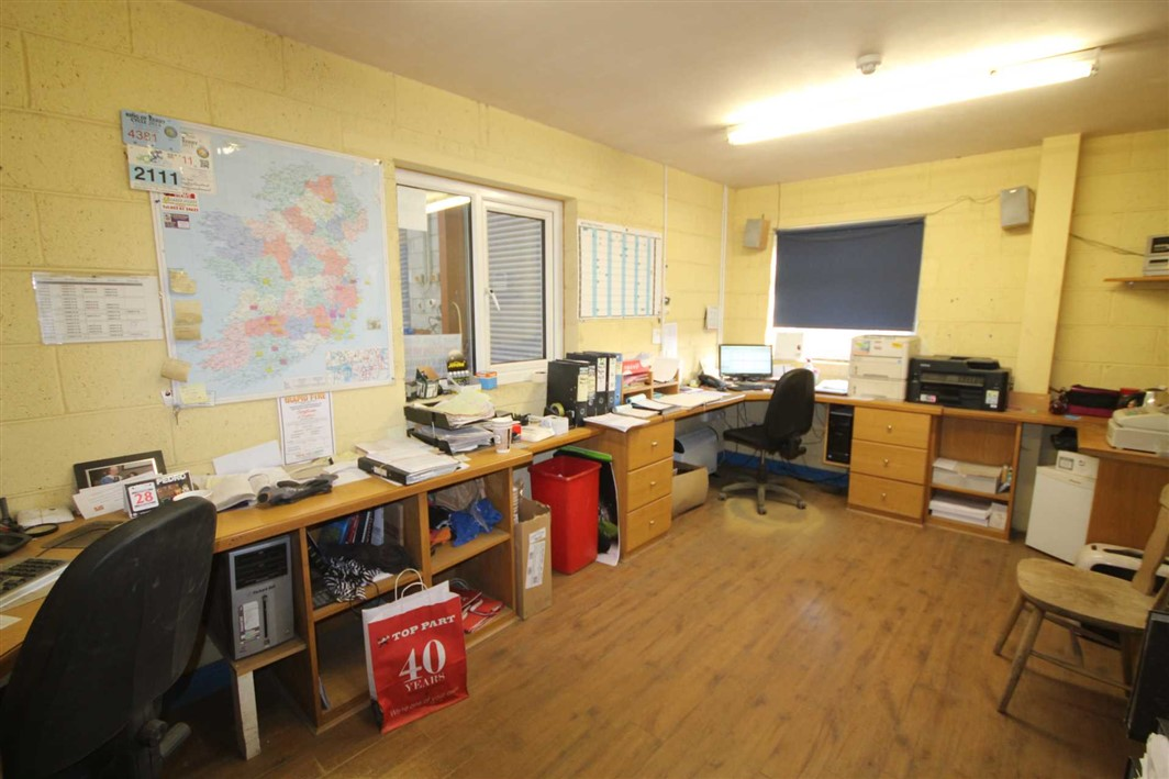 Ballylynch Industrial Estate, Carrick-On-Suir, Co. Tipperary