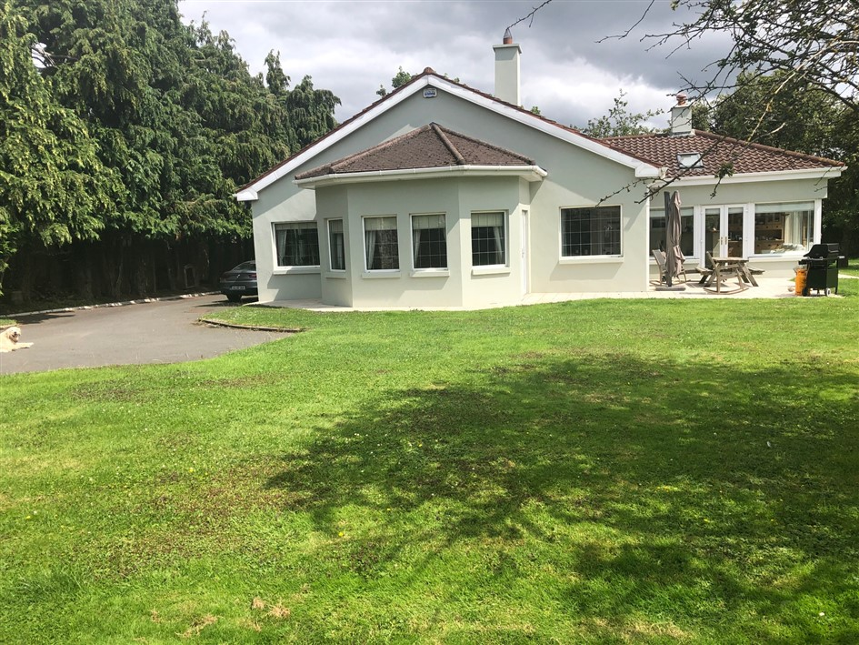 Hawthorn, Maynooth Road , Celbridge, Co. Kildare- 4 bed detached on c. 0.22 acre site