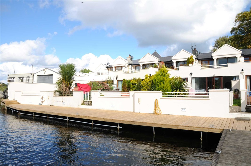 5 Derg Marine Village, Killaloe