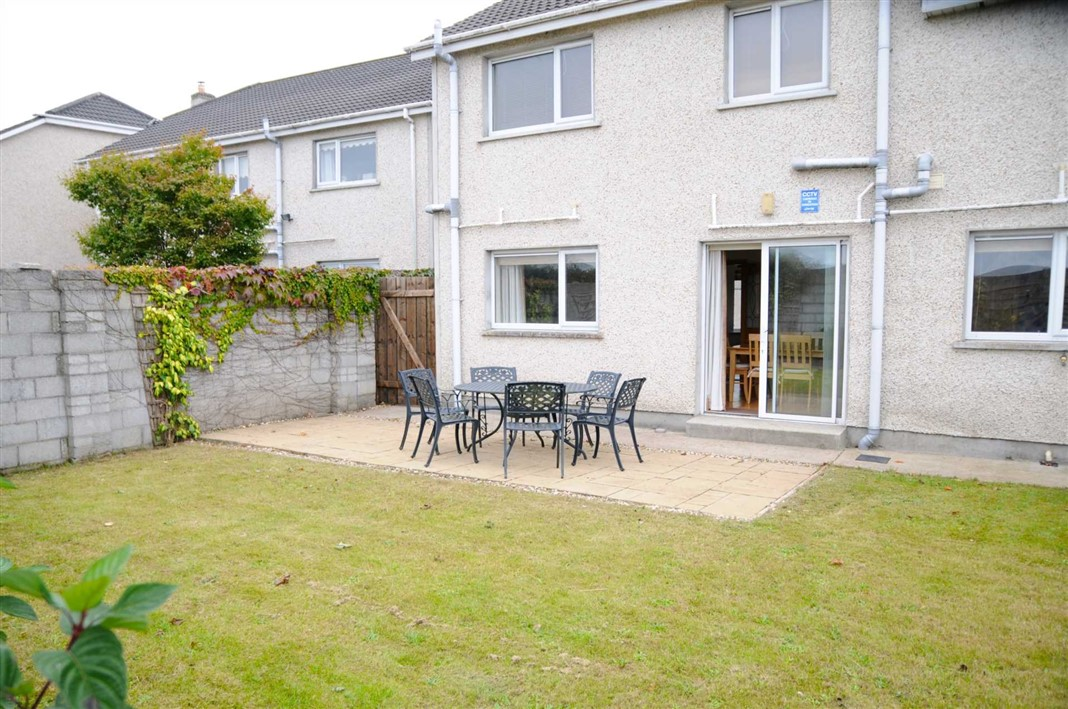 16 Inis Mor, Fr Russell Road