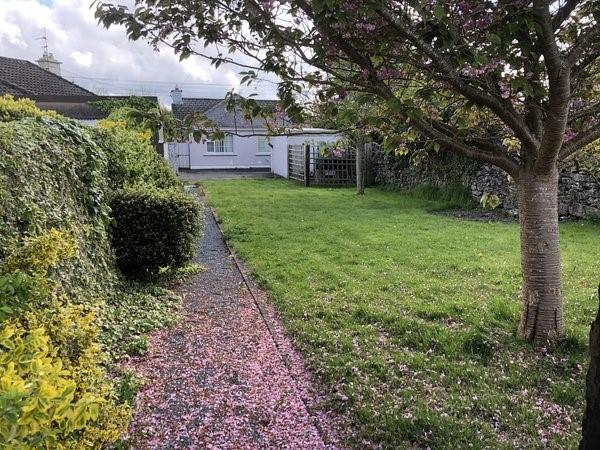 Warrenview, Tulla Road, Ennis, Co. Clare