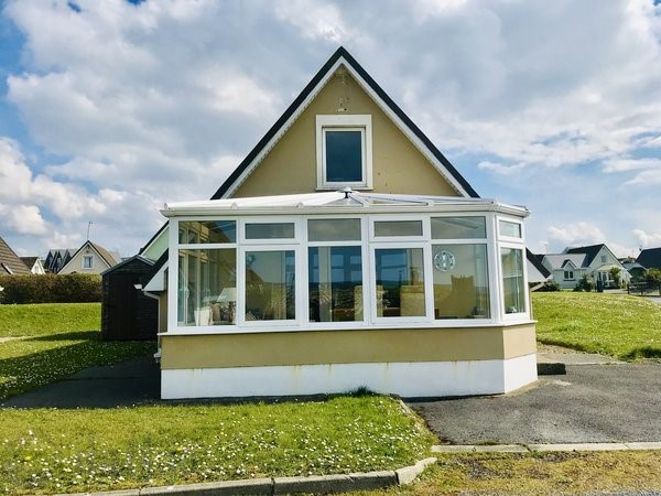 17 Ocean View, Lahinch, Co. Clare