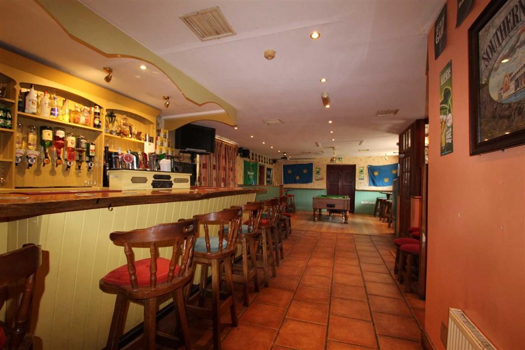 Anglims Bar, Cloneen, E91 Y068