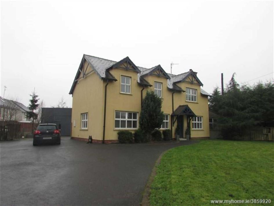 Carrickmacross Road, Shercock