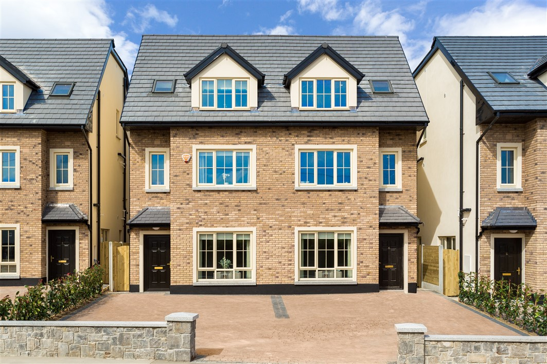 Green Lane Manor, Rathcoole, Co.Dublin- 4 bed mid terrace with study Type H