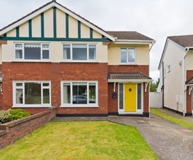 10 Glencairn Green, The Gallops, Leopardstown, Dublin 18