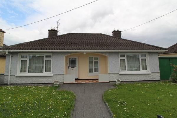 44 Dromore Drive, Mallow, Co. Cork
