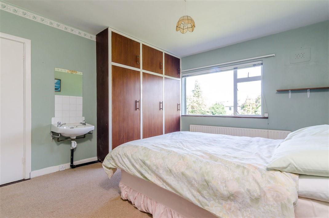 8 Beechpark Crescent, Castleknock, Dublin 15, D15X88Y