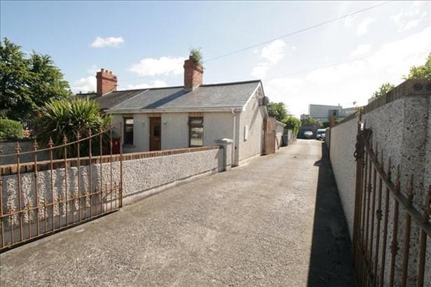 Jamestown_Road_Finglas_Dublin
