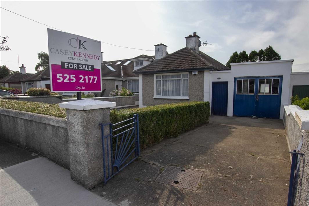 27 Clonmore Road, Mount Merrion, Co.Dublin, A94 C1P3