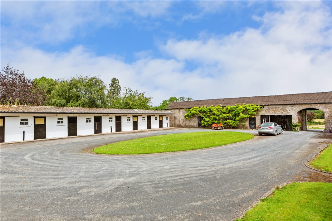 Castlesize, Sallins, Co. Kildare on approx. 36 acres