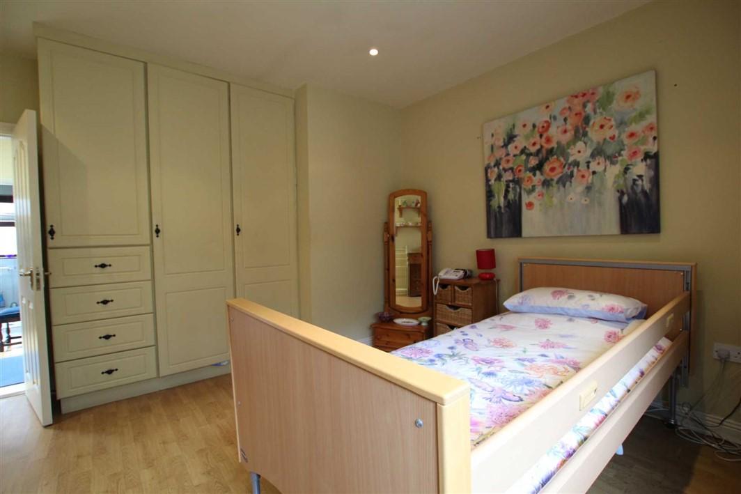 5 Ailesbury Court, Cahir Road, E91 HY91