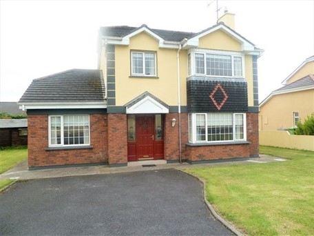 No. 33 The Oaks ,Turlough Road, Castlebar, Co. Mayo