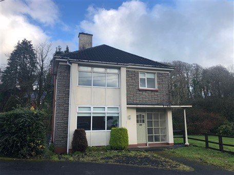 Oakvale House, Farnham Road, Cavan, Co. Cavan
