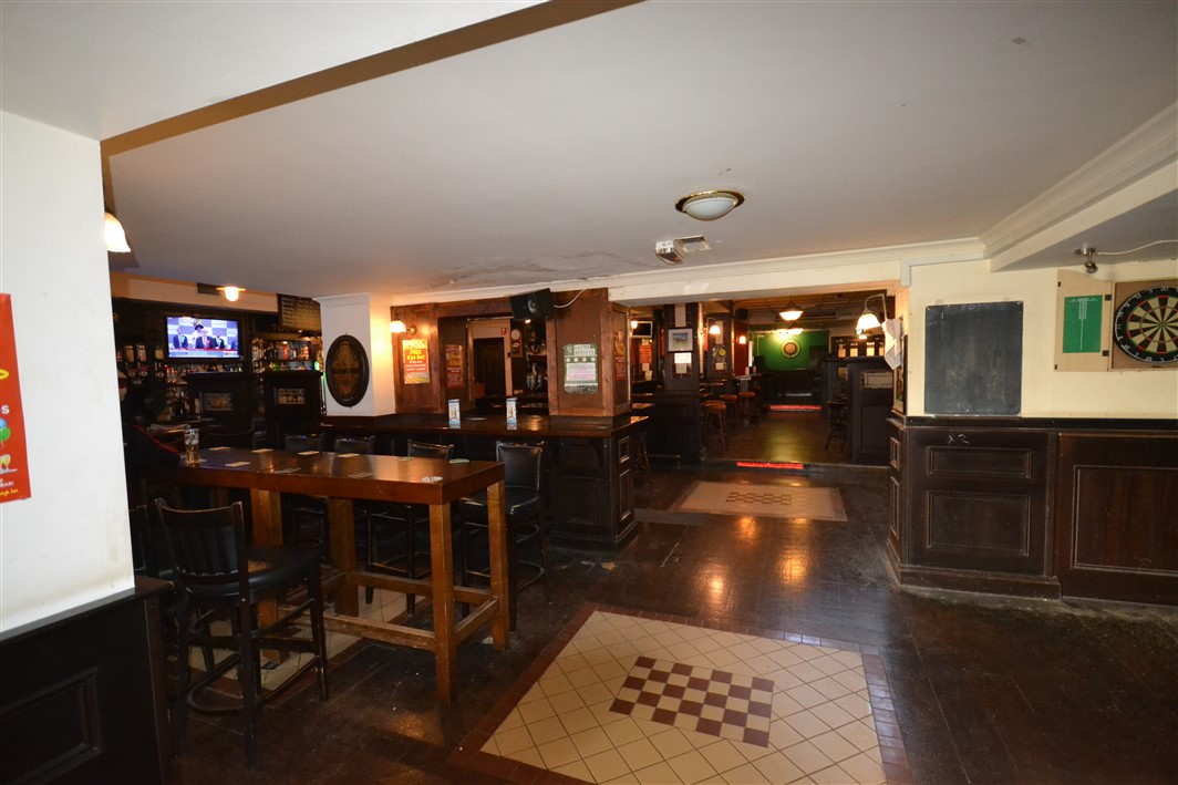The Curragh Inn, 5 Edward Street, Newbridge, Co. Kildare