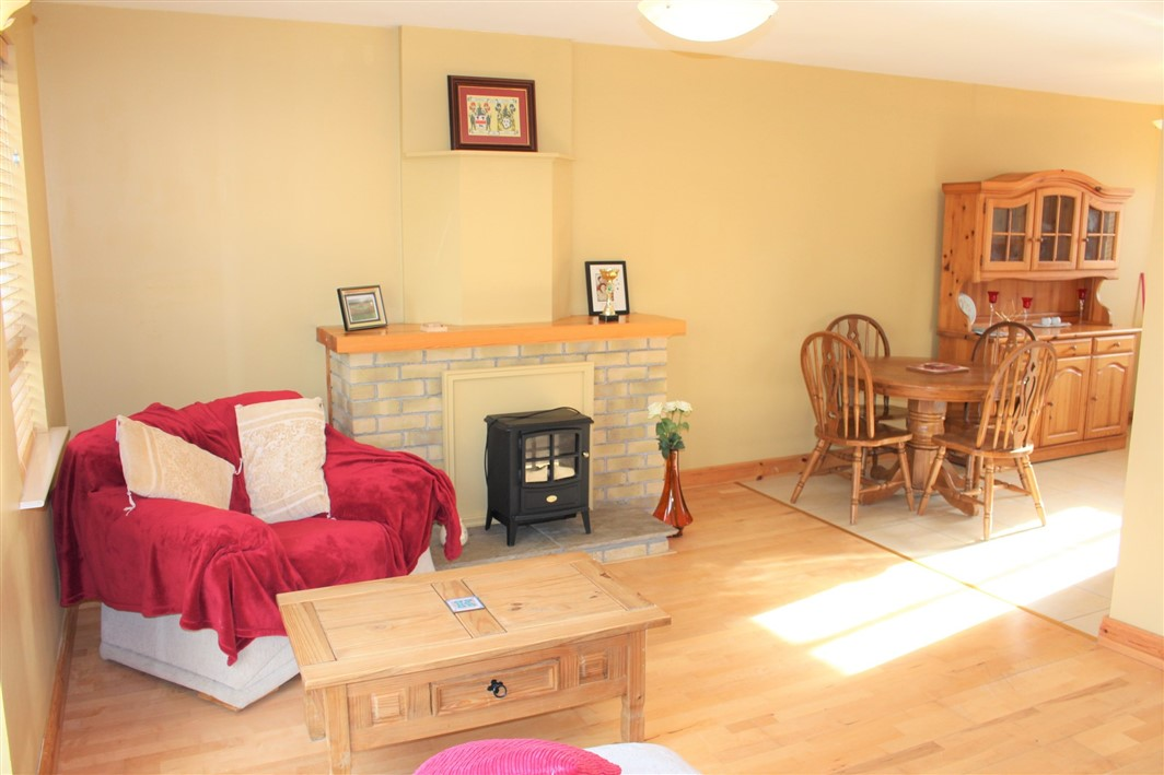 10 Chestnut Walk, Kilmuckridge, Co. Wexford