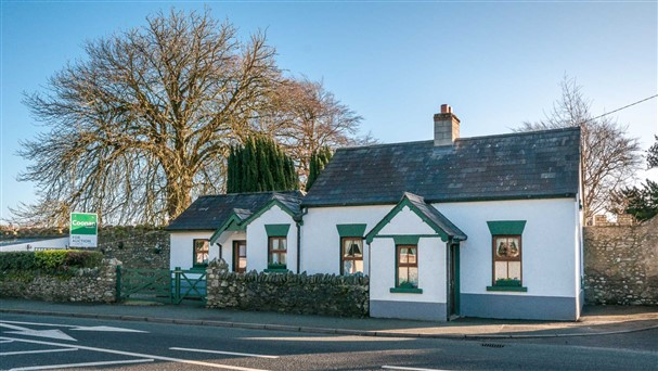 The Lodge, Maudlins, Dublin Road, Naas, Co. Kildare, W91 Y62D