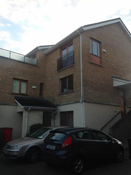 Annfield Crescent, Castleknock Dublin 15
