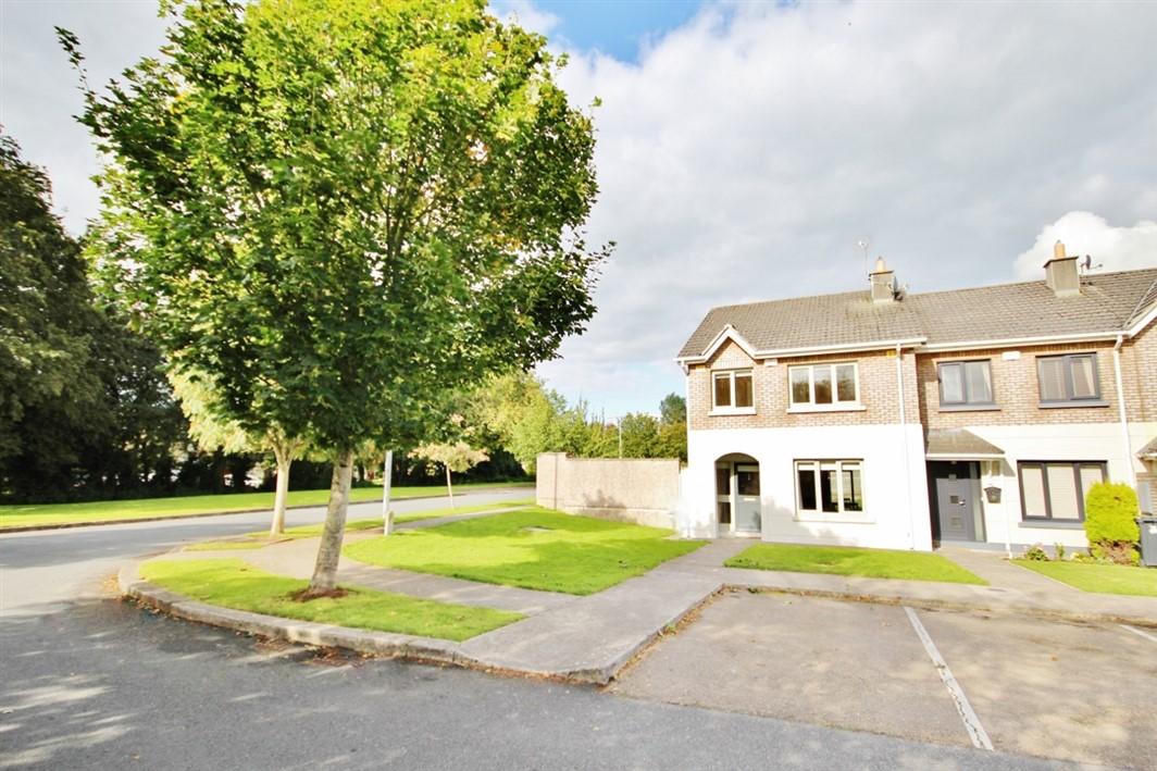 16 Woodleigh Park, Blessington, Co. Wicklow