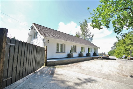 Lodge Lane, Lacken, Blessington, Co. Wicklow
