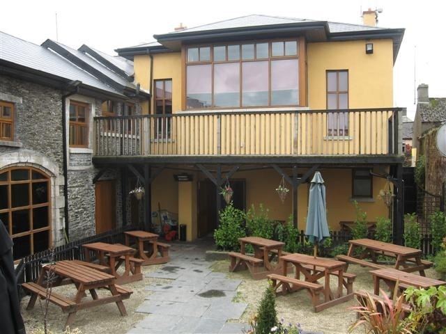 The Lodge, Main Street, Carnew, Co. Wicklow Y14 YR83