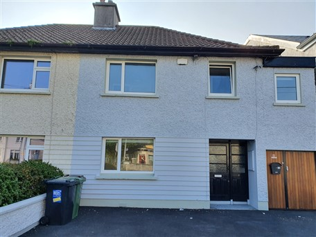 3 Whitestrand Road, Salthill, Co. Galway