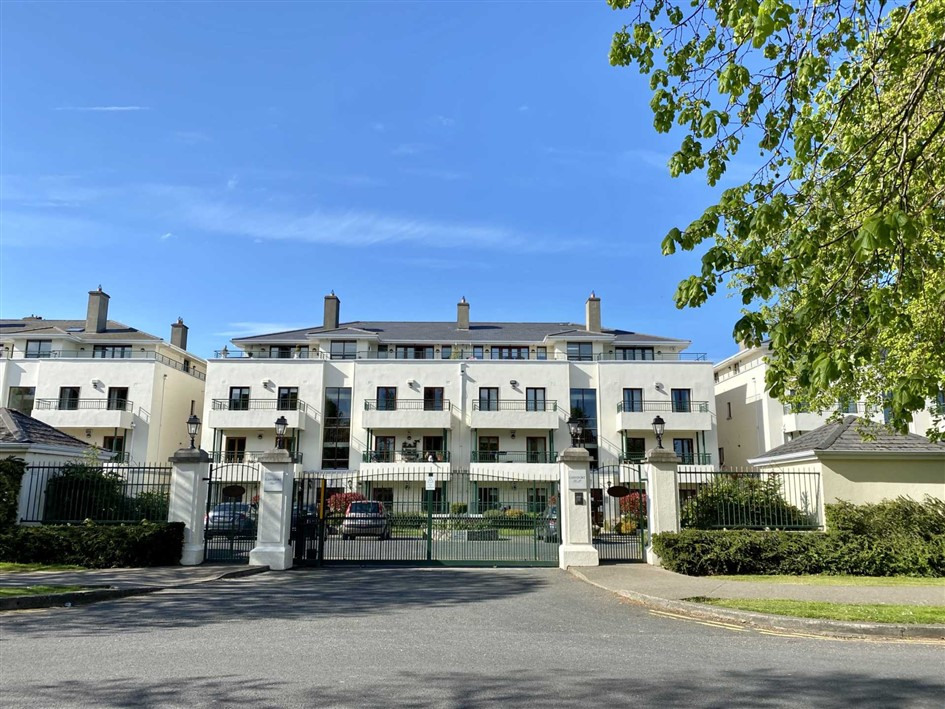 Apartment 9, The Birch, Carysfort Hall, Carysfort Park, Blackrock, Co. Dublin, A94 VF89