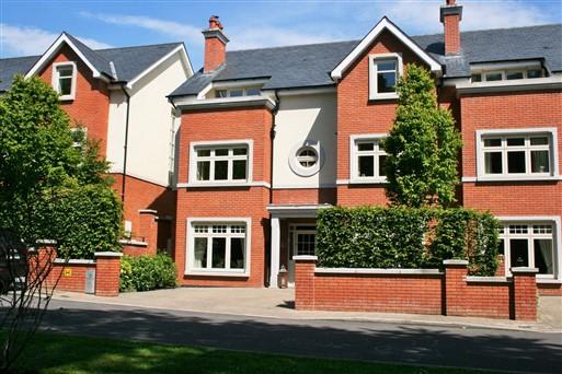 Whites Gate, Farmleigh Woods, Whites Road, Castleknock, Dublin 15