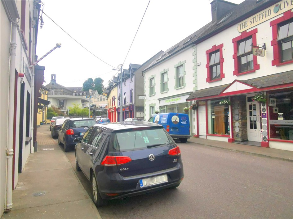 2a Bridge Street, Bantry, P75 P270