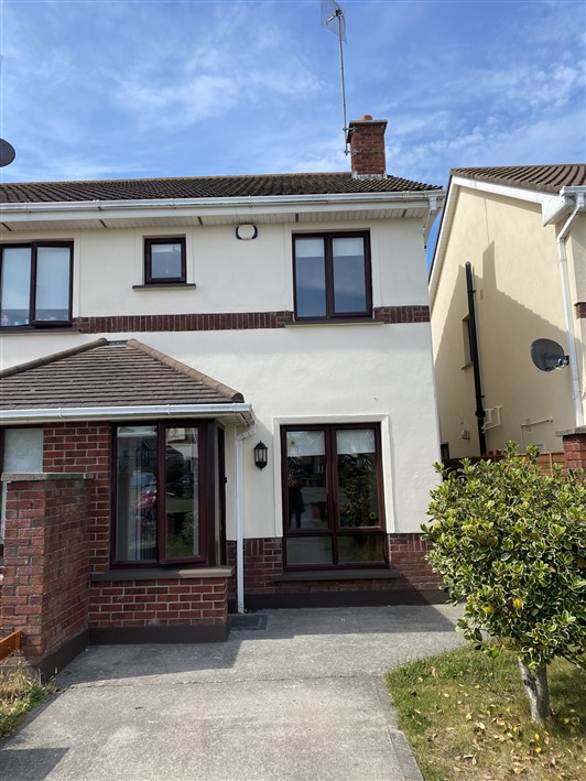28 Finistere, Lower Main Street, Rush, Co. Dublin