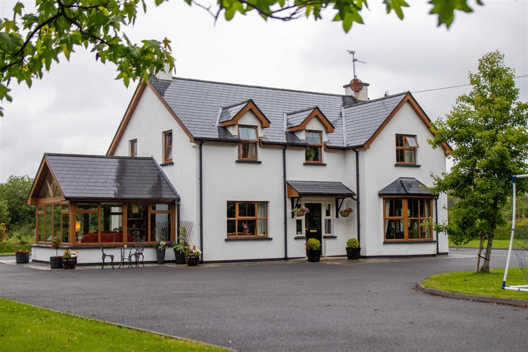 Crossoge, Dromloughlin, Bantry, West Cork, P75 WP83