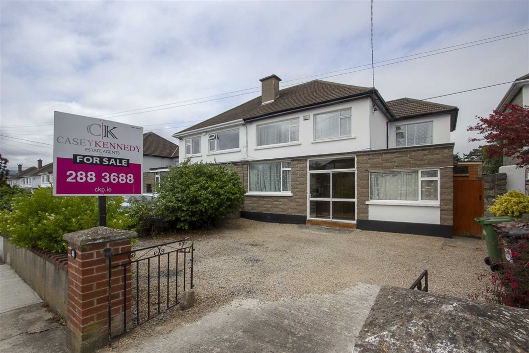 20 Leopardstown Grove, Leopardstown, Dublin 18