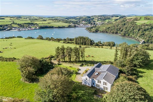 Top Of The Hill, Glandore, P81 X033