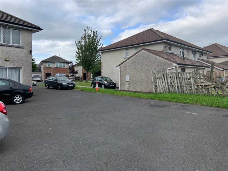 4 Castle Drive, Kilminchy, Portlaoise, Co Laois